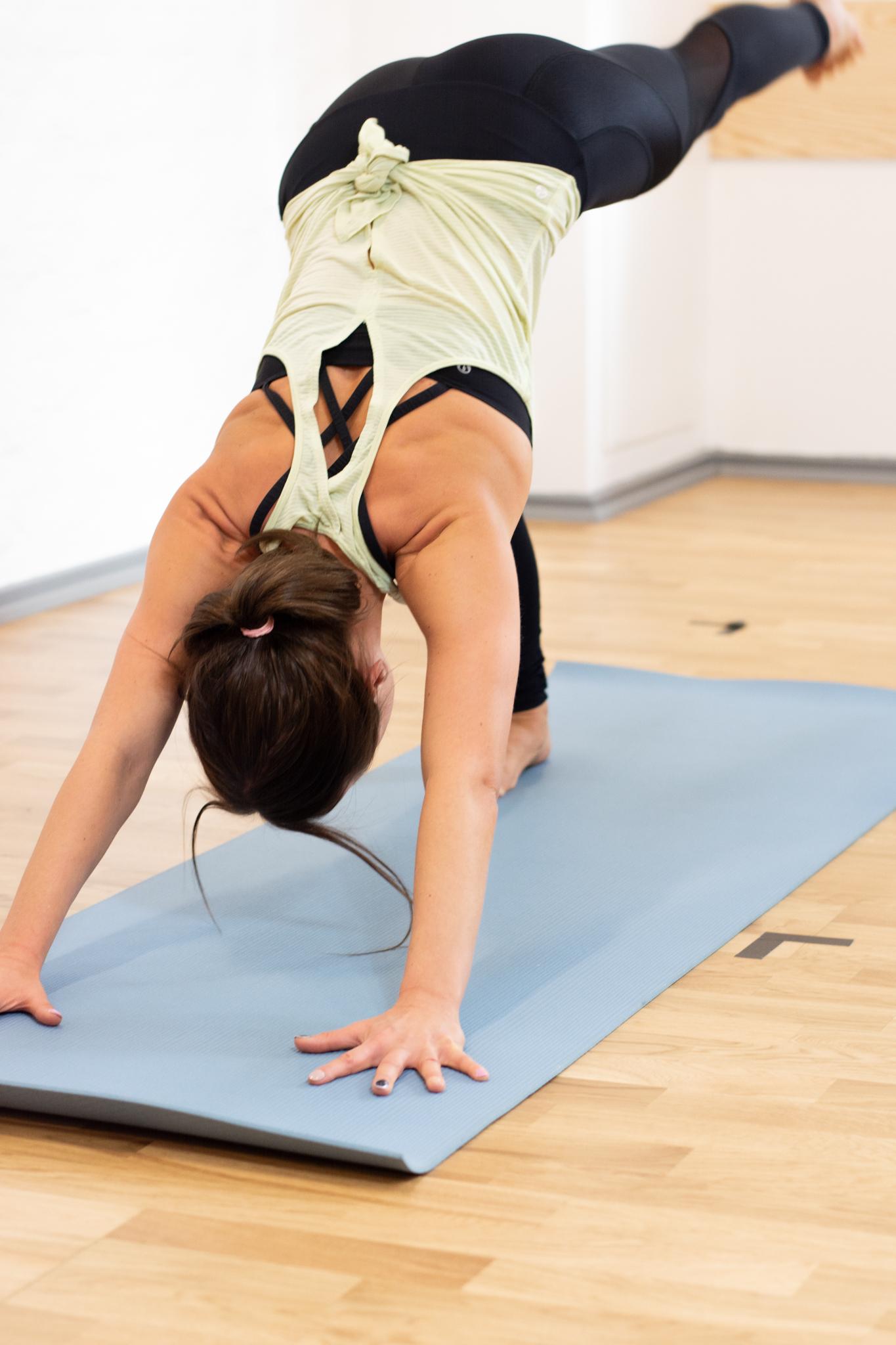 Hot Yoga Basic